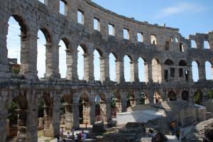 Amfiteatr wpuli autorstwa Barbary B